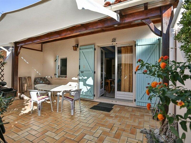 VILLA T4 Mezzanine 8 couchages PORT LEUCATE, casa vacanza a Port Leucate