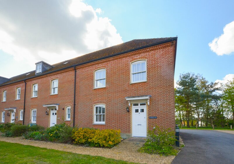 The Gallery, holiday rental in Wenhaston