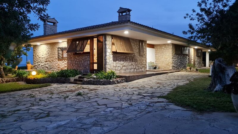 Chalet  con cala privada 'Can Karin', holiday rental in Alcanar