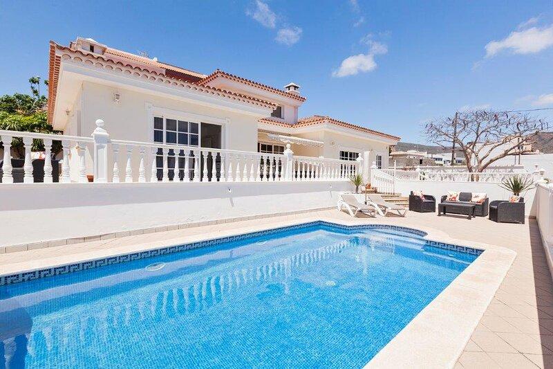 Villa Montana, holiday rental in Valle De San Lorenzo