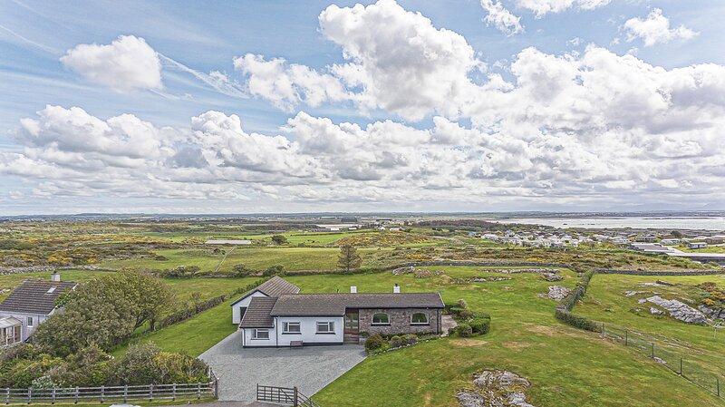Glasfryn Holiday Home Rhoscolyn, alquiler vacacional en Isla de Anglesey