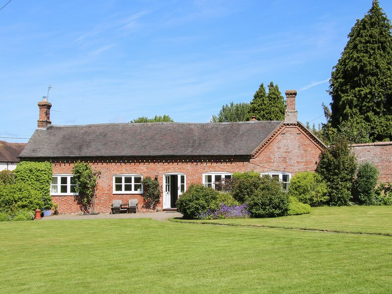 The Stables, Dorrington, holiday rental in Pitchford