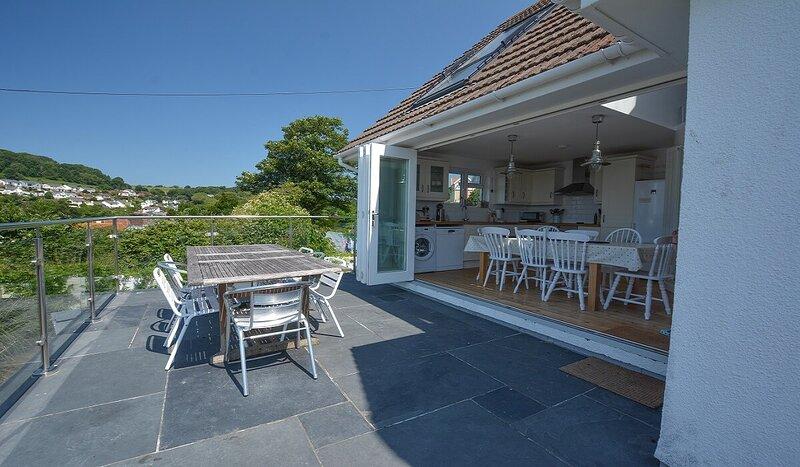 Rooftops Braunton | 4 Bed / Sleeps 8 | Beautiful Views, holiday rental in Marwood