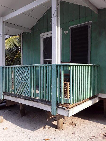 K&O Beachfront Mangrove House – semesterbostad i Sandy Bay