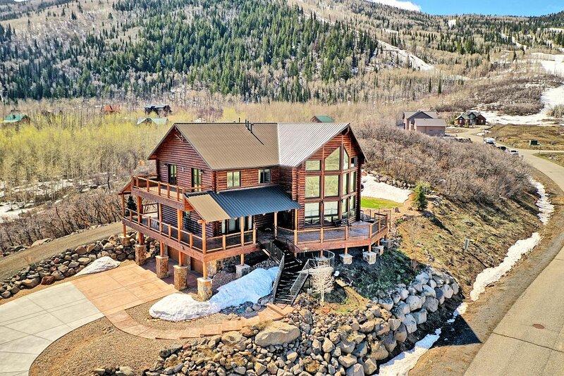 ❤️Luxury Home in Powderhorn Ski Area lots of amenities and breathtaking views, holiday rental in Cedaredge