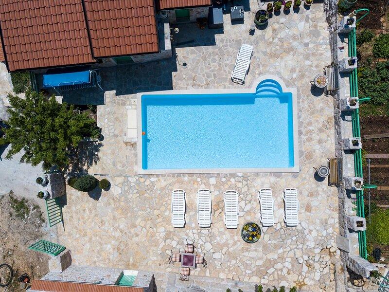 Villa Pristinus, location de vacances à Zagvozd