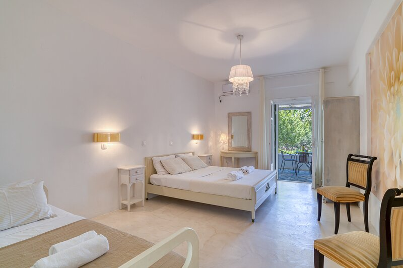 ITALIAN HOSPITALITY APARTMENT FOR 3 PERSONS, holiday rental in Soros