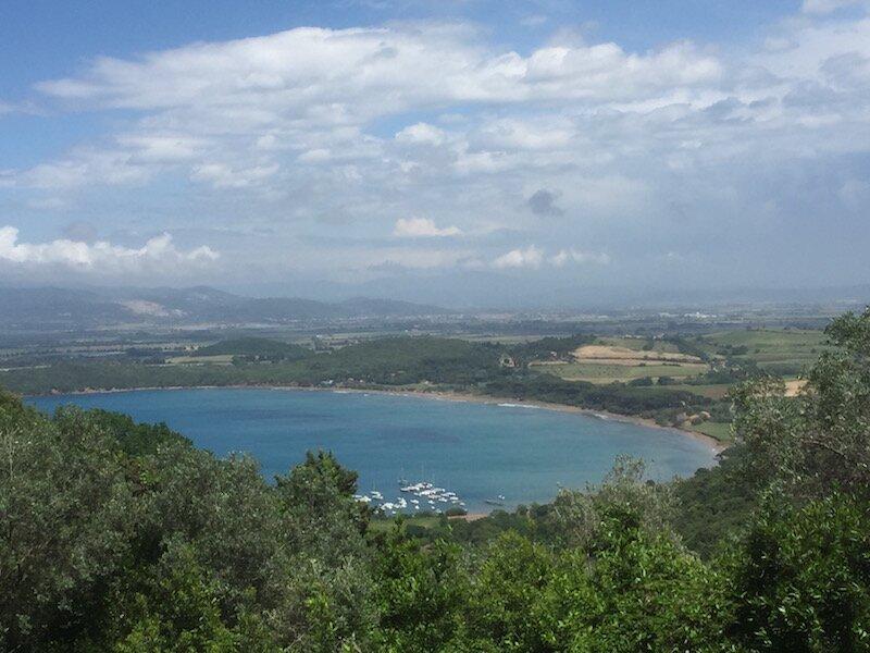 casa vacanze Rinsacca immersa nella campagna etrusca vicino al golfo di Baratti, holiday rental in Baratti
