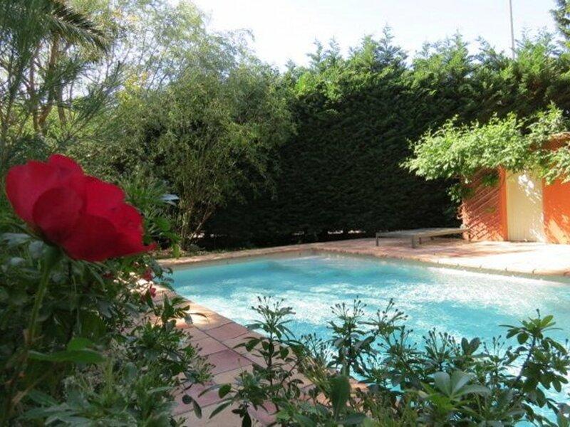 Superbe Mas restauré - piscine privé - 8AVGD26, holiday rental in Rivesaltes