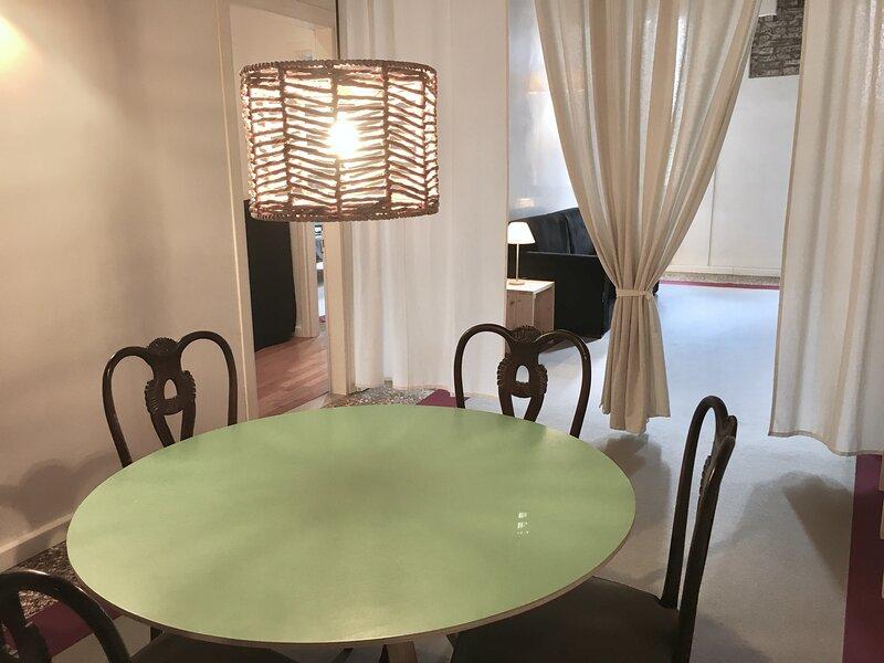 BENCIVIENI Red - Eleganza e comfort nel cuore di Treviso, vacation rental in Arcade
