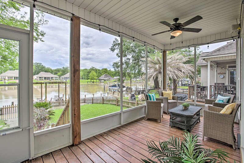 NEW! Bayou Pierre Home on the Diversion Canal!, holiday rental in Springfield