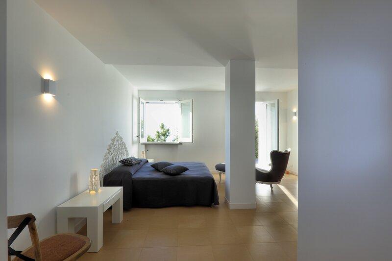 Livari Rooms, location de vacances à Brolo