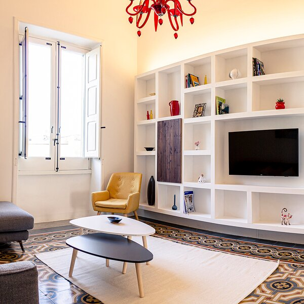 Beautiful designer apartment in the heart of Lecce, holiday rental in Castromediano