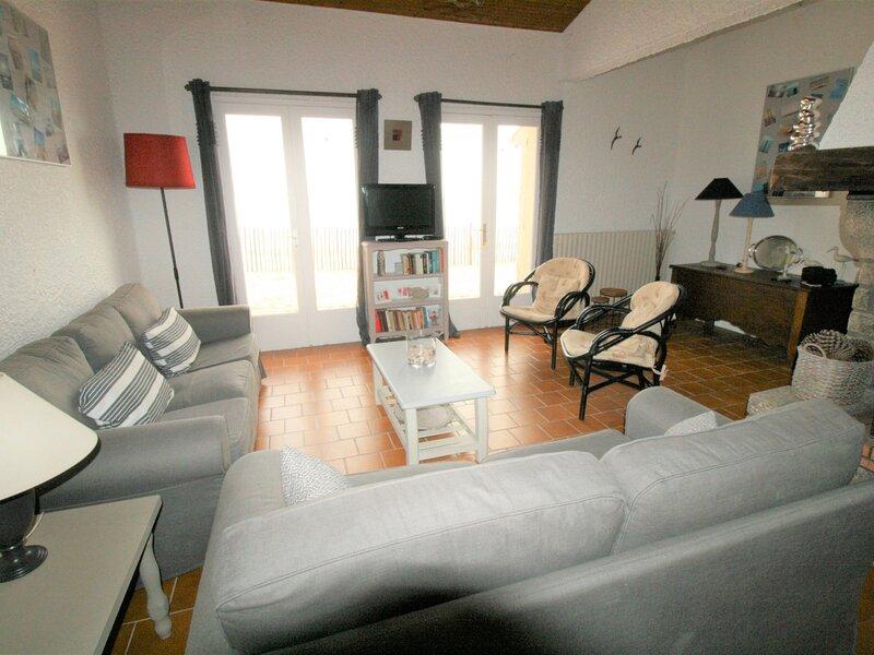 MAISON VUE DIRECTE SUR LA PLAGE, vacation rental in La Tranche sur Mer