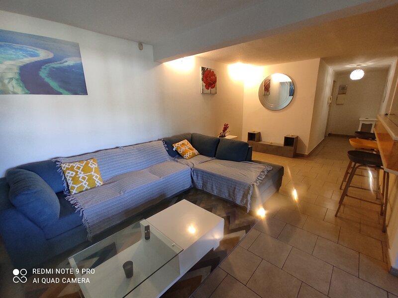 Appartement full équipé et meublé dans les hauts vallons, vacation rental in Mamoudzou