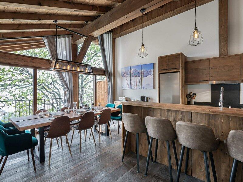 Agréable duplex proche de toutes les commodités, holiday rental in Bozel