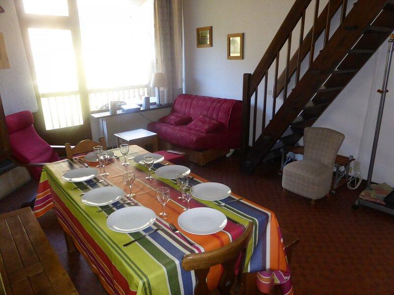 Appartement 3 pièces mezzanine duplex pour 8 personnes situé au coeur du village, alquiler de vacaciones en Les Contamines-Montjoie