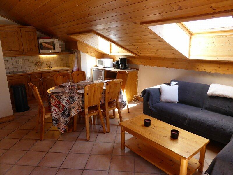 Appartement 4 pièces pour 8 personnes situé à proximité du télécabine, alquiler de vacaciones en Les Contamines-Montjoie