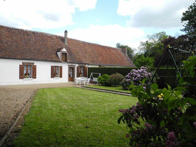 La Guerrière, holiday rental in Champrond-en-Gatine