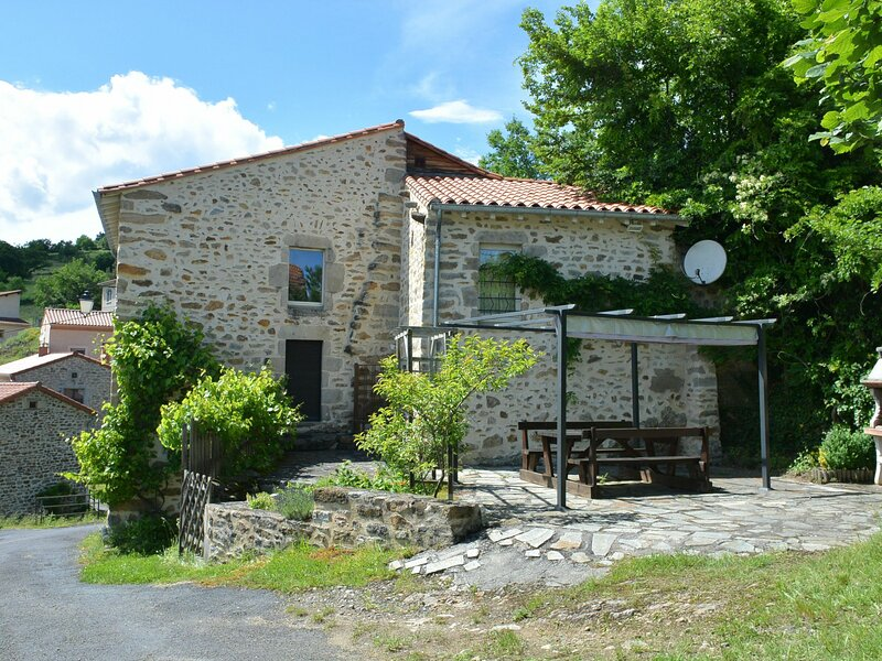 Les campanules, holiday rental in Lavoute-Chilhac