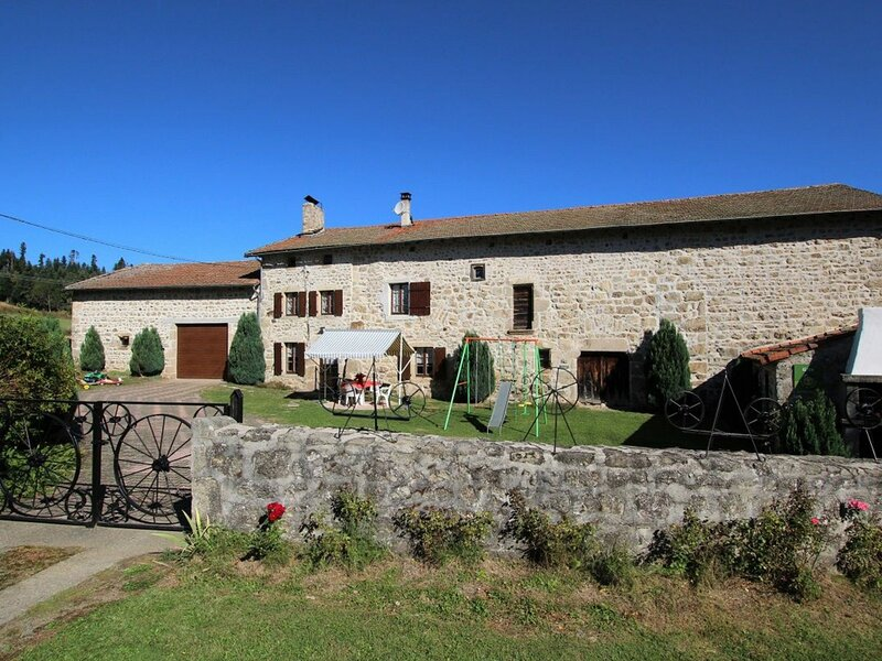 43G3040, holiday rental in Varennes-Saint-Honorat