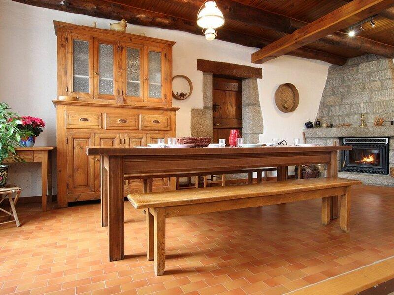 Bidaloche, location de vacances à Grandrieu