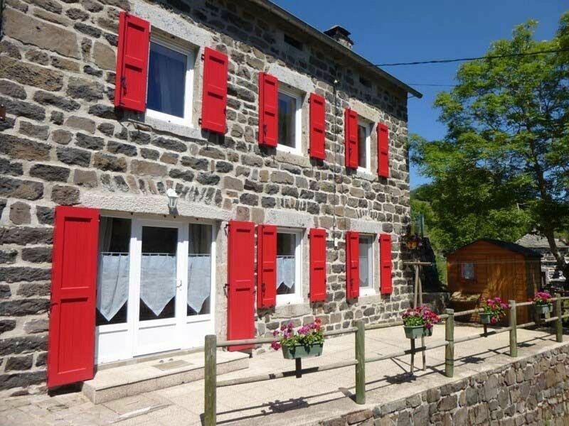 Les Violettes, location de vacances à Saint-Front