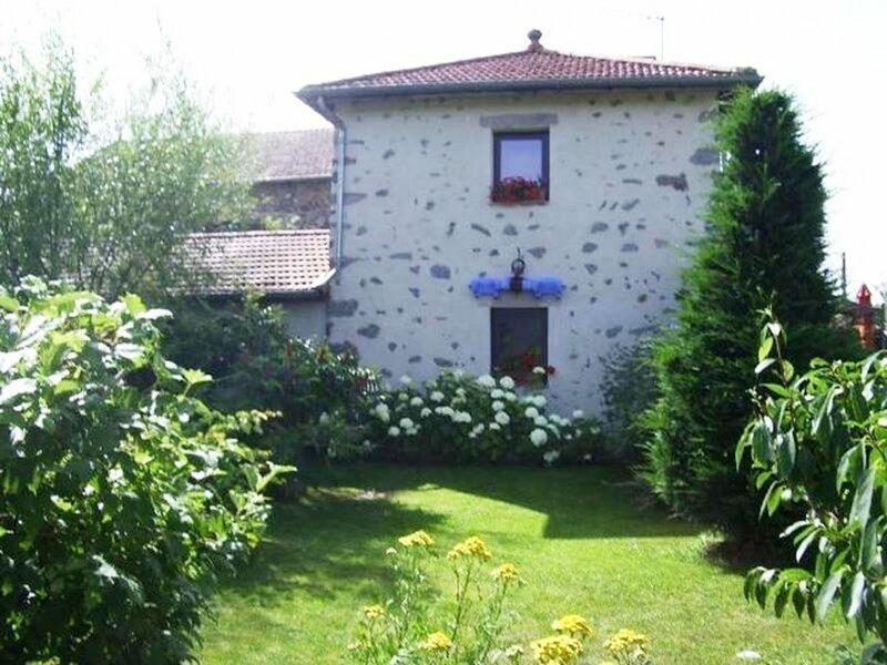 La Bayardière, holiday rental in Grazac