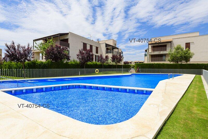 Apartamento en Residencial Aldea Golf, Junto playa Vinaroz y Delta del Ebro, holiday rental in La Senia