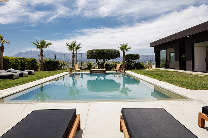 Filogia Luxurious Residence, for the Design Lovers, holiday rental in Knosos