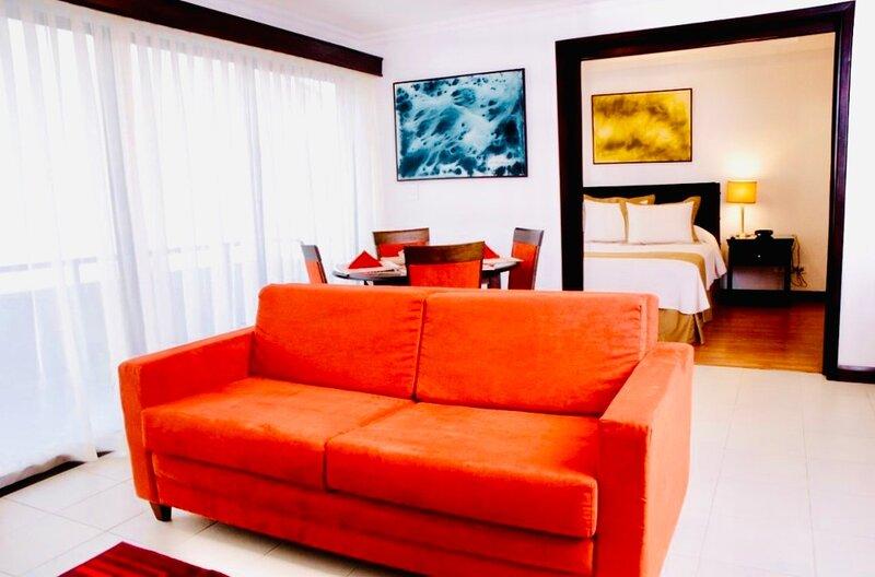 1BR Modern Apartment at Avalon Santa Ana, alquiler vacacional en Sabanas