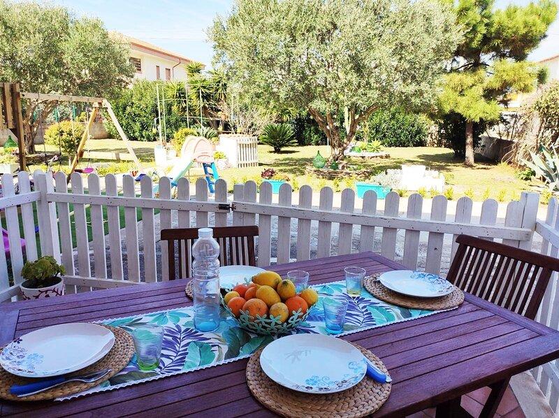 Japigium Casa Vacanze Calipso a 2 passi dal Mare, alquiler de vacaciones en Isola di Capo Rizzuto