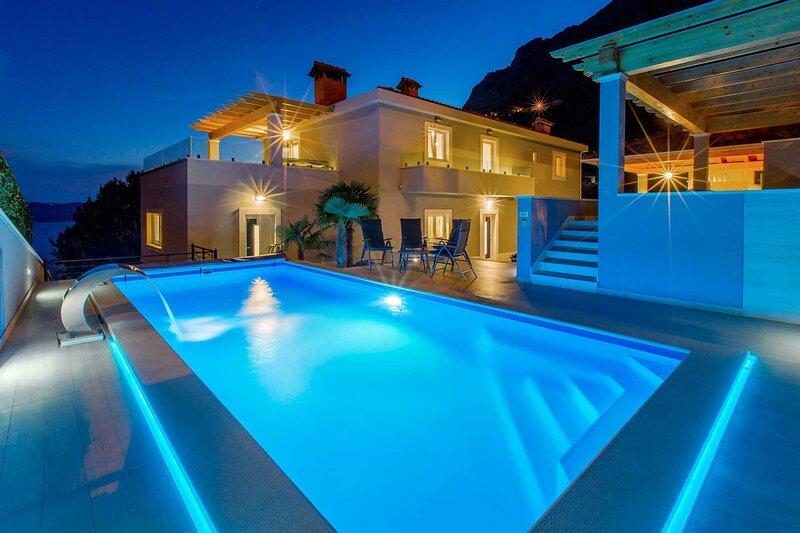 Villa Dalmatian Wind with Pool, holiday rental in Lokva Rogoznica