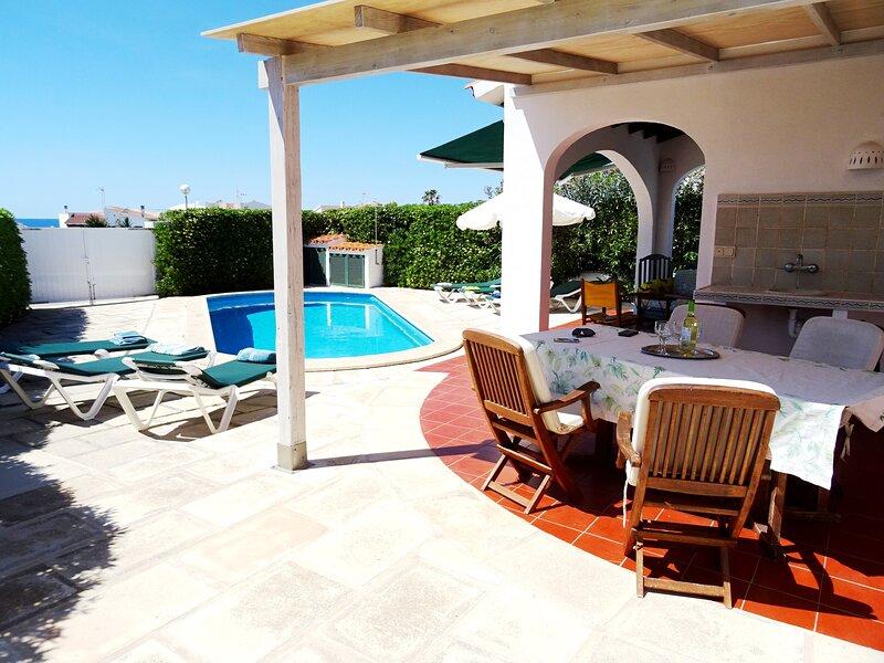 Villa Alma, Prívate Pool, Air Conditioning, Wifi, Ping Pong Table, BBq, alquiler vacacional en Cap d'Artrutx