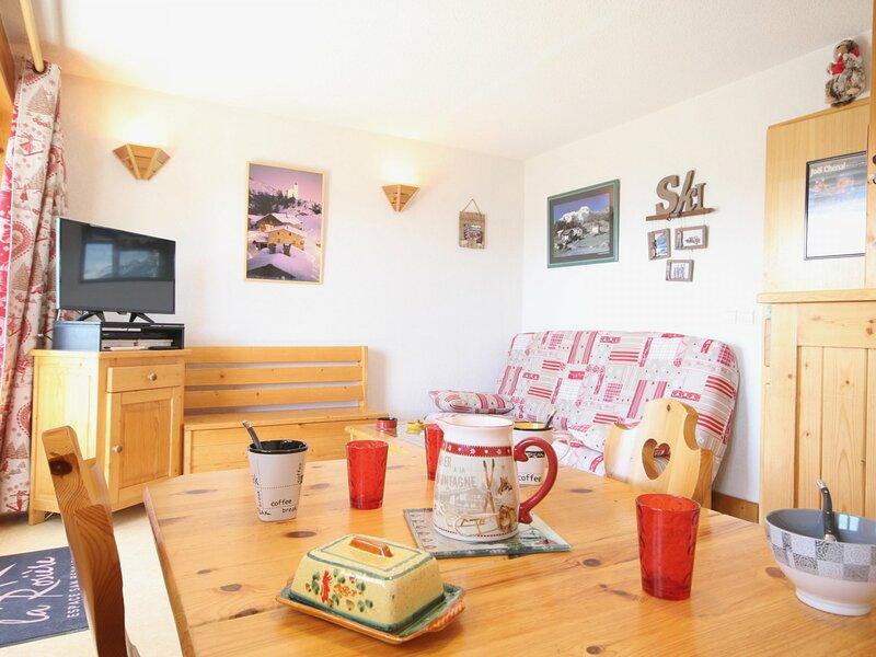 Appartement avec belle vue village des Eucherts, aluguéis de temporada em La Rosiere
