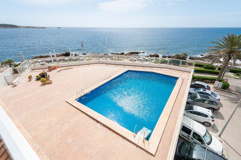 MAR BLAVA - Apartment for 4 people in Cala Rajada, holiday rental in Font de Sa Cala
