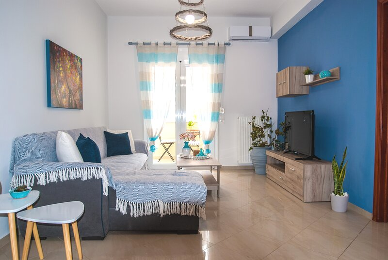 Ioanna's homey apartment, central, 5 guests, Spili/Rethymno, holiday rental in Meronas