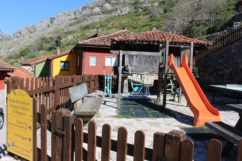 Montegrande, casa de montaña en un lugar idílico, alquiler vacacional en Bueida