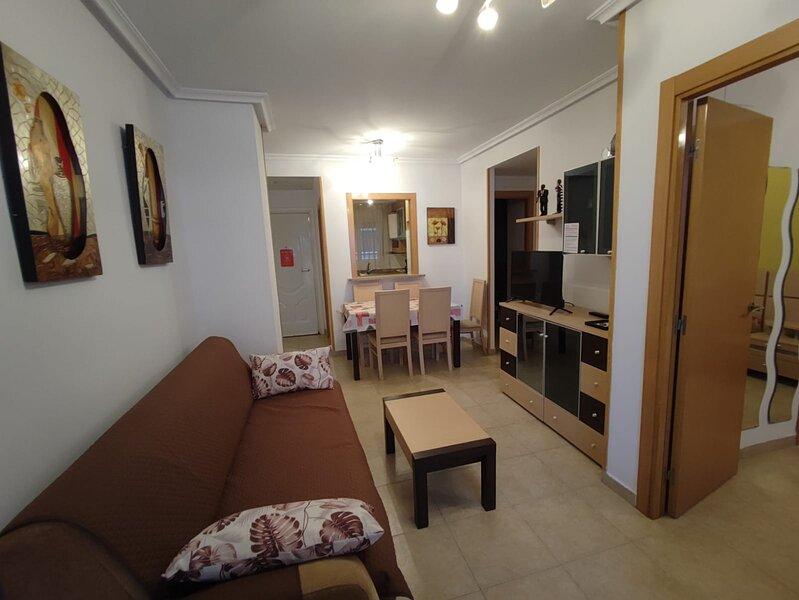 Marina dor apartamento, 2ª línea de playa, junto al Hotel Gran Duque, holiday rental in Oropesa Del Mar