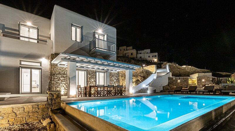 Carpe Diem Villa III with Private Infinity Pool, aluguéis de temporada em Ornos