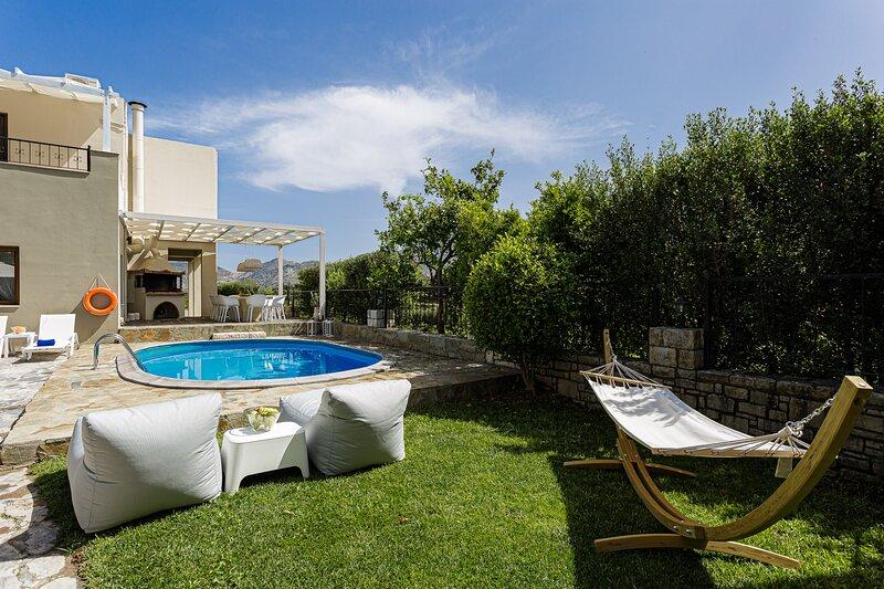 Elodia Villa, a Rural Idyll Escape!, holiday rental in Milopotamos