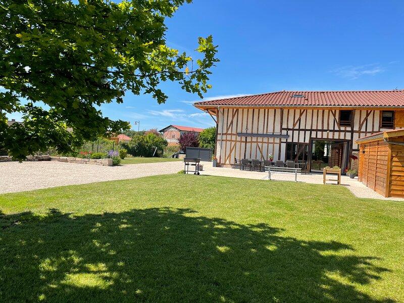 Le Grand Charme-Grande maison de Vacances, Gîte 4* - 14P, au Lac du Der, holiday rental in Arrigny