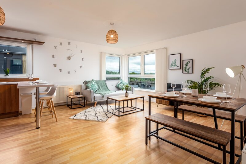 Walker Suite No54 - Donnini Apartments, holiday rental in Irvine