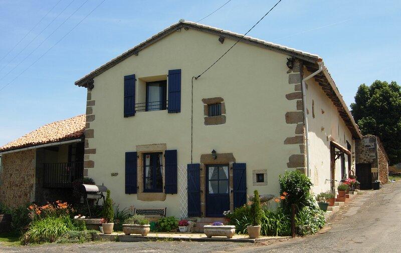 La Grange de Champagnac, location de vacances à Montbron