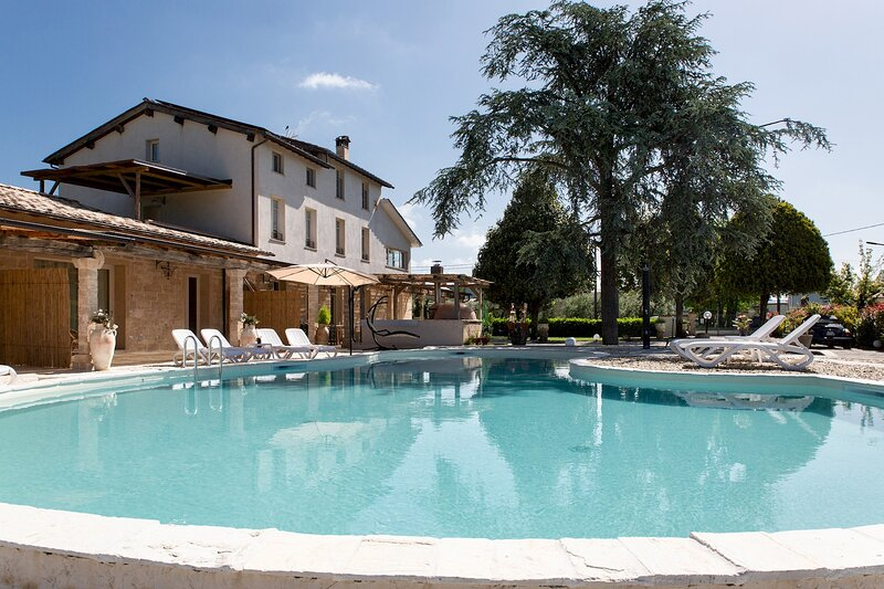 Carlos Apartment, holiday rental in Lammari