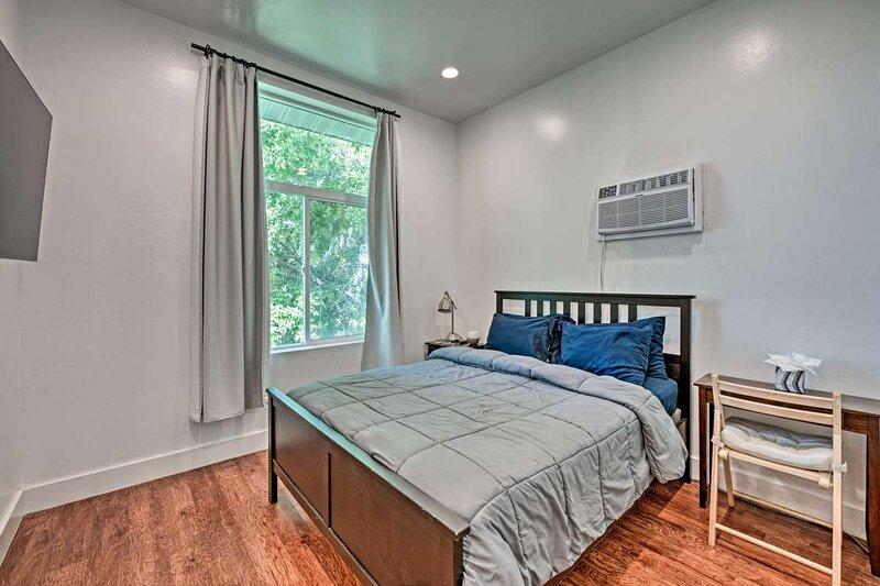 Luxury master 3, en-suite bath, pets OK, best loc., holiday rental in West Valley City