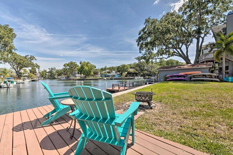 NEW! 'The Manatini:' Waterfront Weeki Wachee Home!, vacation rental in Weeki Wachee