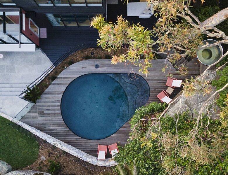 Crane Lodge, a 5 Bed Sanctuary incl Studio with Magnesium Pool + Spa, alquiler vacacional en Whale Beach
