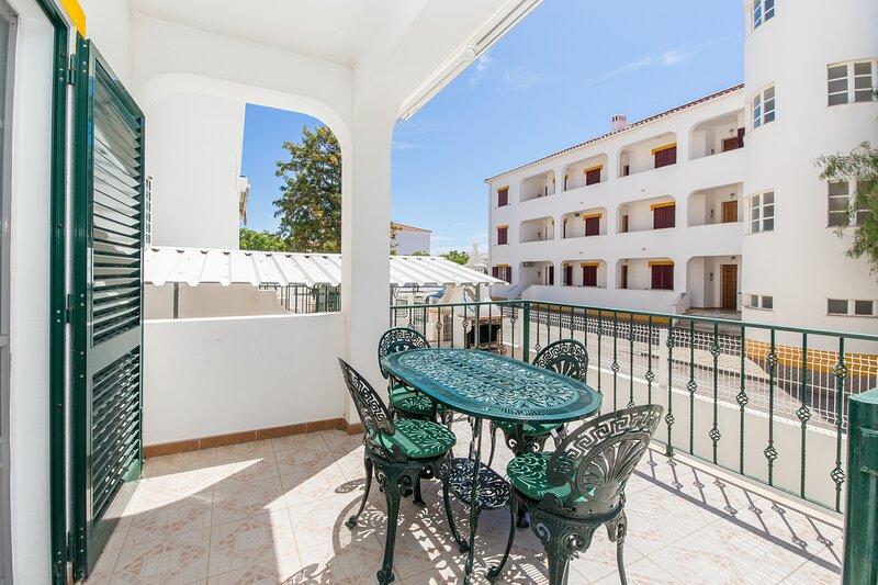 Zamia Apartment, Altura, Algarve !New!, alquiler de vacaciones en Sao Bartolomeu
