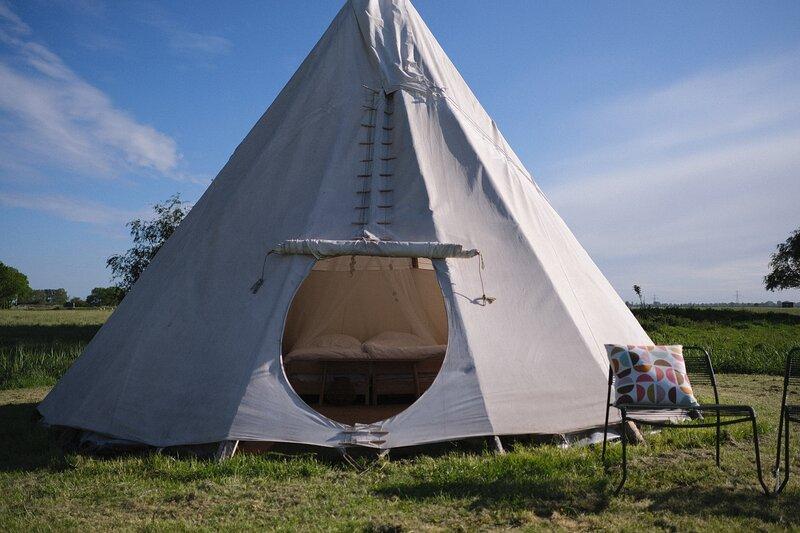 Tipi op Camping Marenland, holiday rental in Westernieland